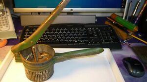 Vintage-Lot-8-Kitchen-Tools-Utensils-Farmhouse-Primitive-Wooden-Handles