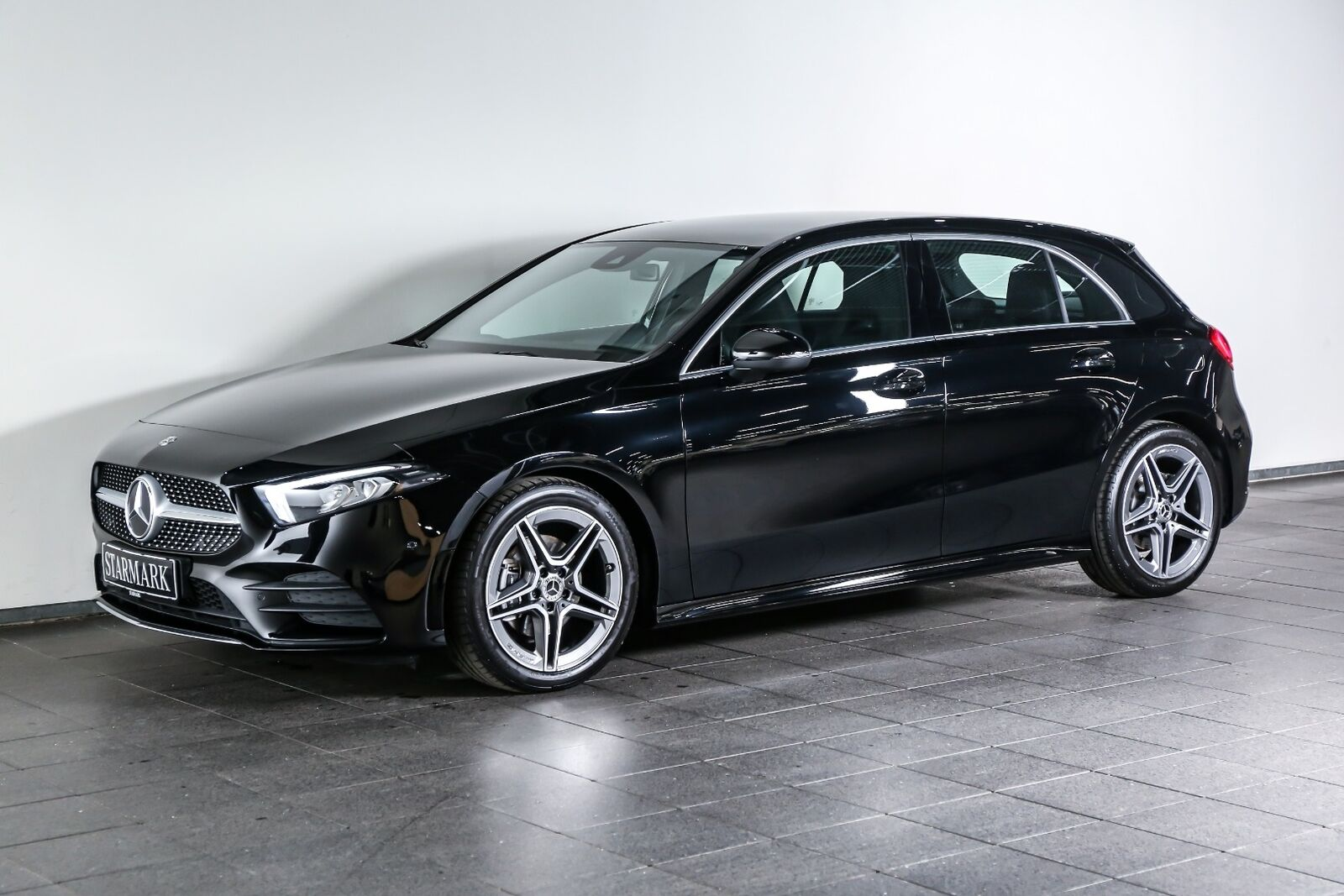 Mercedes-Benz A200 1,3 AMG Line aut.