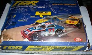 Vintage-IDEAL-Tyco-Command-Control-TCR-SlotLess-Slot-Car-HO-Racing-Set-With-OB