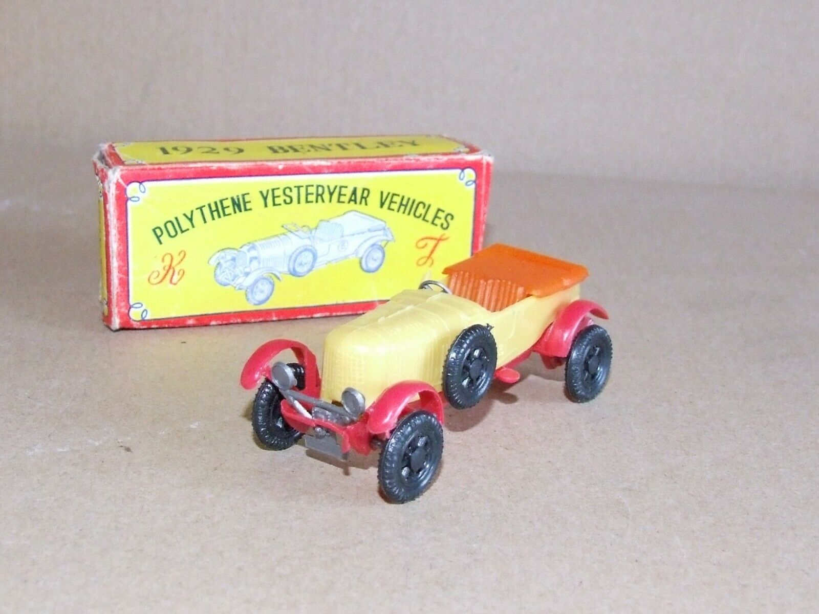 Kelly Toy No.133 1929 Bentley Polythene Yesteryear (Matchbox) Hong Kong
