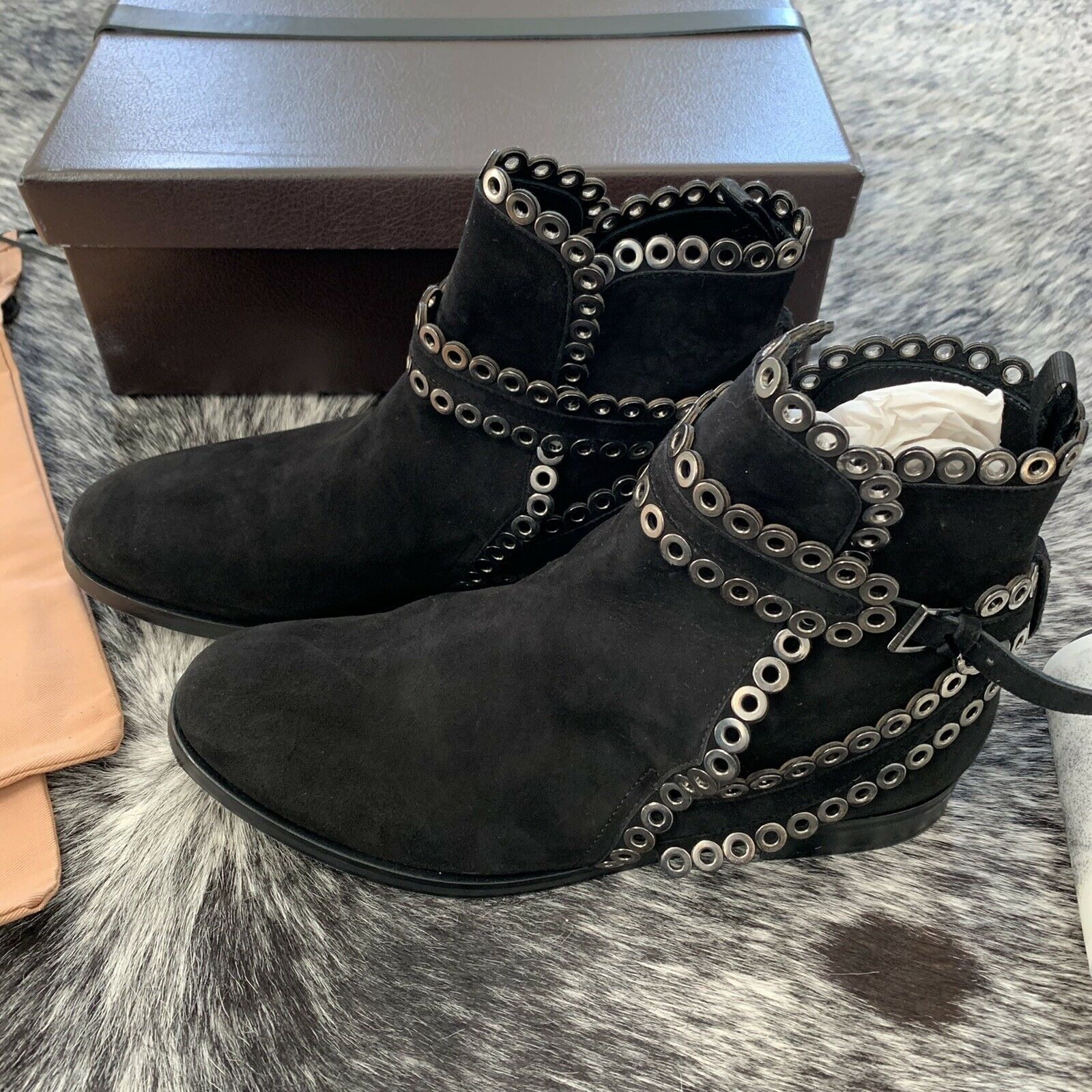 AZZEDINE ALAIA Black Suede Grommet Ankle Boots Si… - image 10