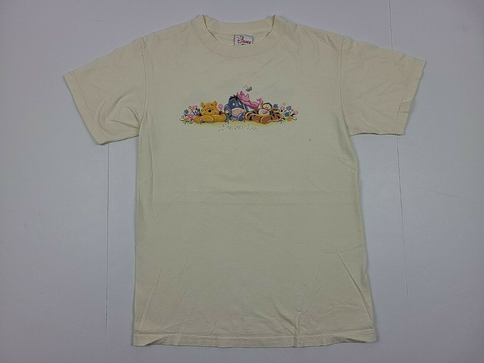 The Disney Store Winnie The Pooh A Perfect Day Vintage 90s Shirt Small S Yellow