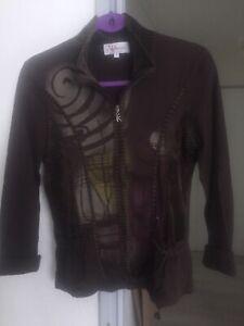 1 veste gilet zippée marron marque Armand Thiery Taille 4 ou 40 valeur 40€