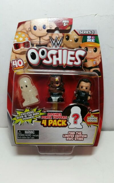 Wwe Ooshies 4 Pack figures Pencil toppers - box 4 with glow in the dark