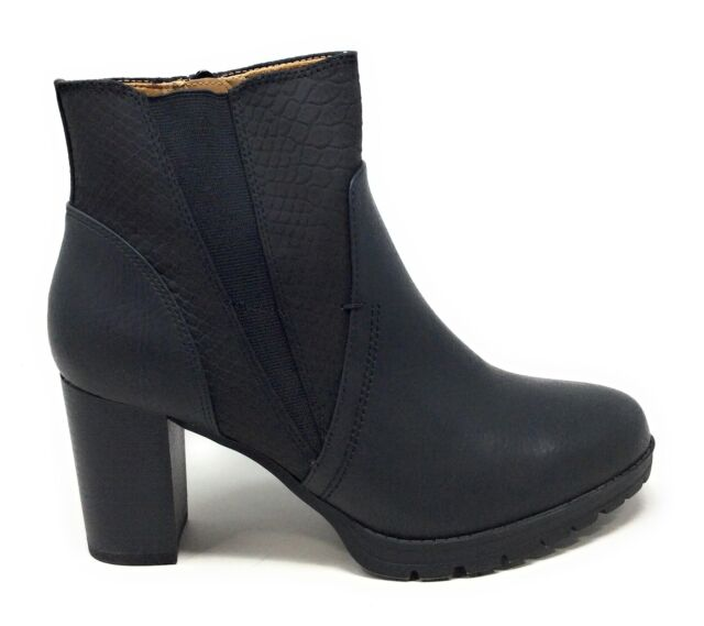 Natural Soul Women's Nadia Pull On Ankle Boots Black Leather Size 9.5 Wide