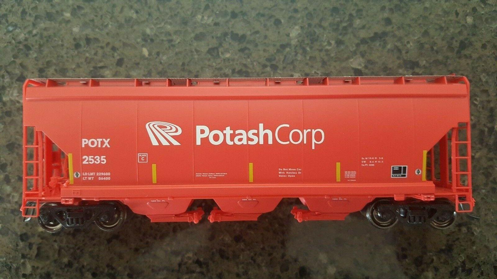 HO scale NARC PWRS NSC 4300 Cu. Ft. PotashCorp Potash Covered Hopper