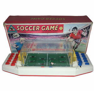 Vintage-Chad-Valley-Games-Room-Soccer-Game-Football-Complete-w-Original-Box
