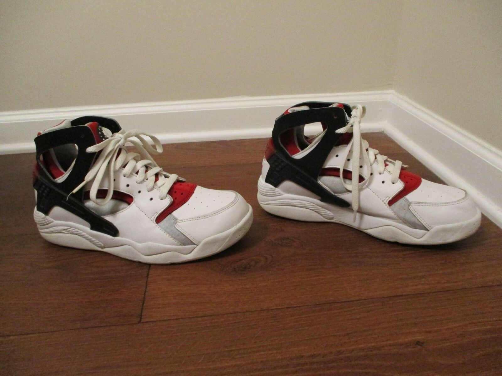 Classic 2003 Used Worn Size 11 Nike Air Flight Huarache shoes White Black Red