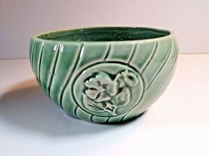 Vintage-Brush-McCoy-Pottery-Green-Small-Flower-Pot-Planter