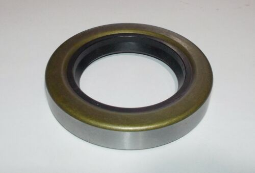 PARAOLIO// OIL SEAL// 44 X 70 X 12 44-70-12