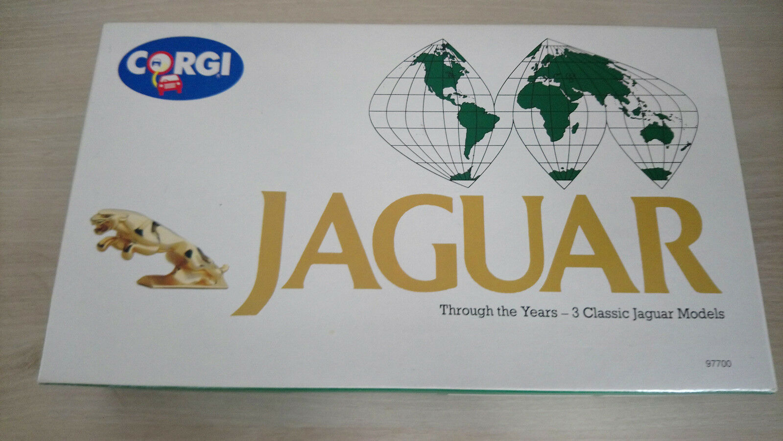 Corgi - Jaguar through the years - Classic 3 car set  (97700)