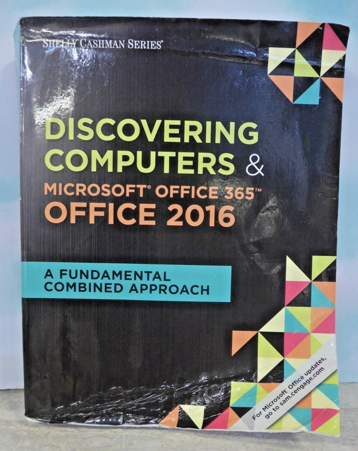 Discovering computers and microsoft office 2016 a fundamental discovering computers and microsoft office 2016 a fundamental combined approach by mark frydenberg misty e vermaat steven m freund mary z last and fandeluxe Images