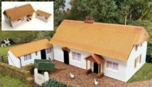 Gaugemaster GM411 OO Gauge Fordhampton Farmhouse Holiday Cottage Plastic Kit