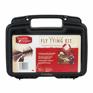 SCIENTIFIC ANGLER FLY TYING KIT INCLUDES TOOLS AND MATERIALS