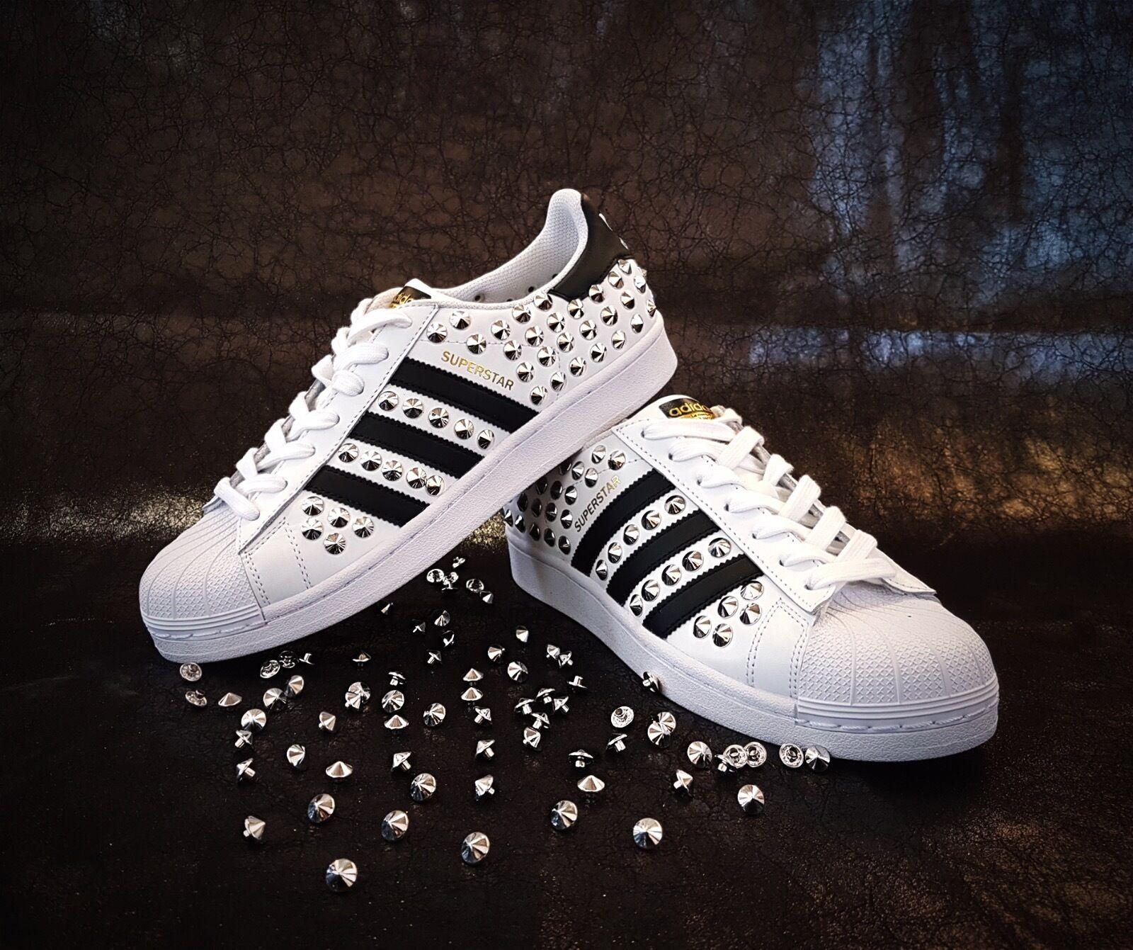 Adidas superstar con borchie borchie borchie argento cfd4b5