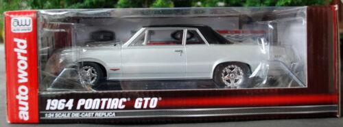 1964 Pontiac GTO plata 1:24 Autoworld 24007