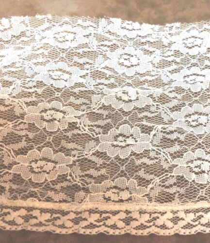Cotton Blend Floral  Wide  Lace 5 1//2  inches  1 yard