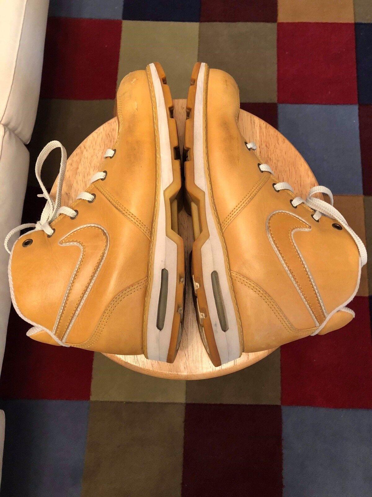 Nike 040709 Footbed Hi Top Tan Uomini Us10 Modellato Footbed 040709 Anfibi Le   Di Camoscio a3150b