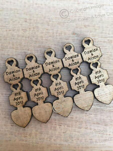 Personalised-Wooden-Mini-Love-Spoons-Favours-Table-Decor-Vintage-Wedding