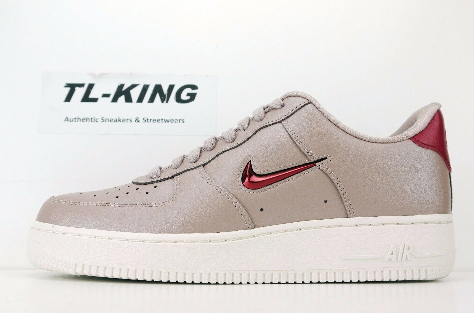 Nike Air Force 1 Low '07 Leather Leather Diffused Taupe Red Crush AJ9507 200 GC