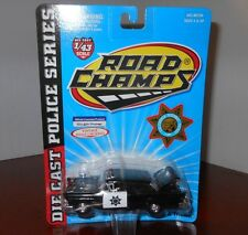 ROAD CHAMPS POLICE SERIES CALIFORNIA HIGHWAY PATROL BLACK / WHITE 1:43 DIECAST