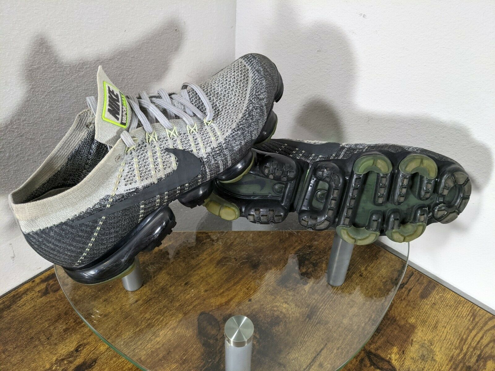 "Nike Air Vapormax Heritage ""Neon"" Mens 10 Gray / … - image 1"