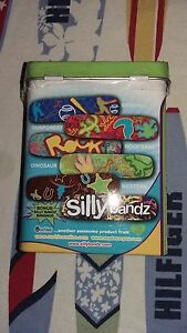 OUCHIES-BAND-AID-FIRST-AID-OUCHIES-BANDAGE-SILLYBANDZ-AUTHENTIC
