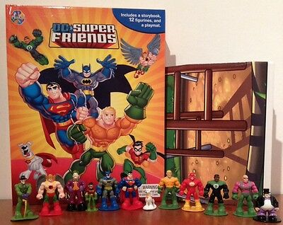 Supergirl DC Super Friends Girls My Busy Book 12 Character Figures /& Playmat
