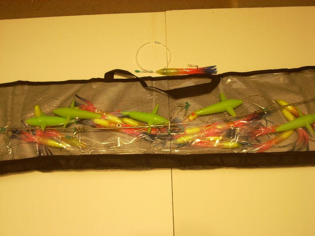 19 Rainbow 6 6 6  Squid Splash w 5 Birds, Stinger & Bag  Tuna, Mahi, Billfish F 952fae