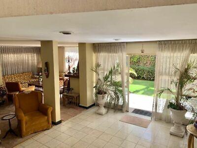 Casa en Venta en Guadalupe Inn con negocio asegurado!!