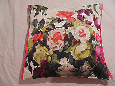 Designers Guild floral 100/% Cotton Fabric Charlottenberg Peony Cushion Cover