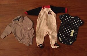 Lot-of-3-2-Boys-Baby-One-Piece-amp-1-Zip-up-Footed-PJ-039-s-Size-3-6-Months