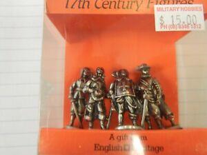 Westair metal 17th Century figure set 35 mm height