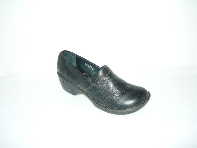 B.O.C Peggy Leather Womens Casual Shoes Mid Heel Sz 7.5