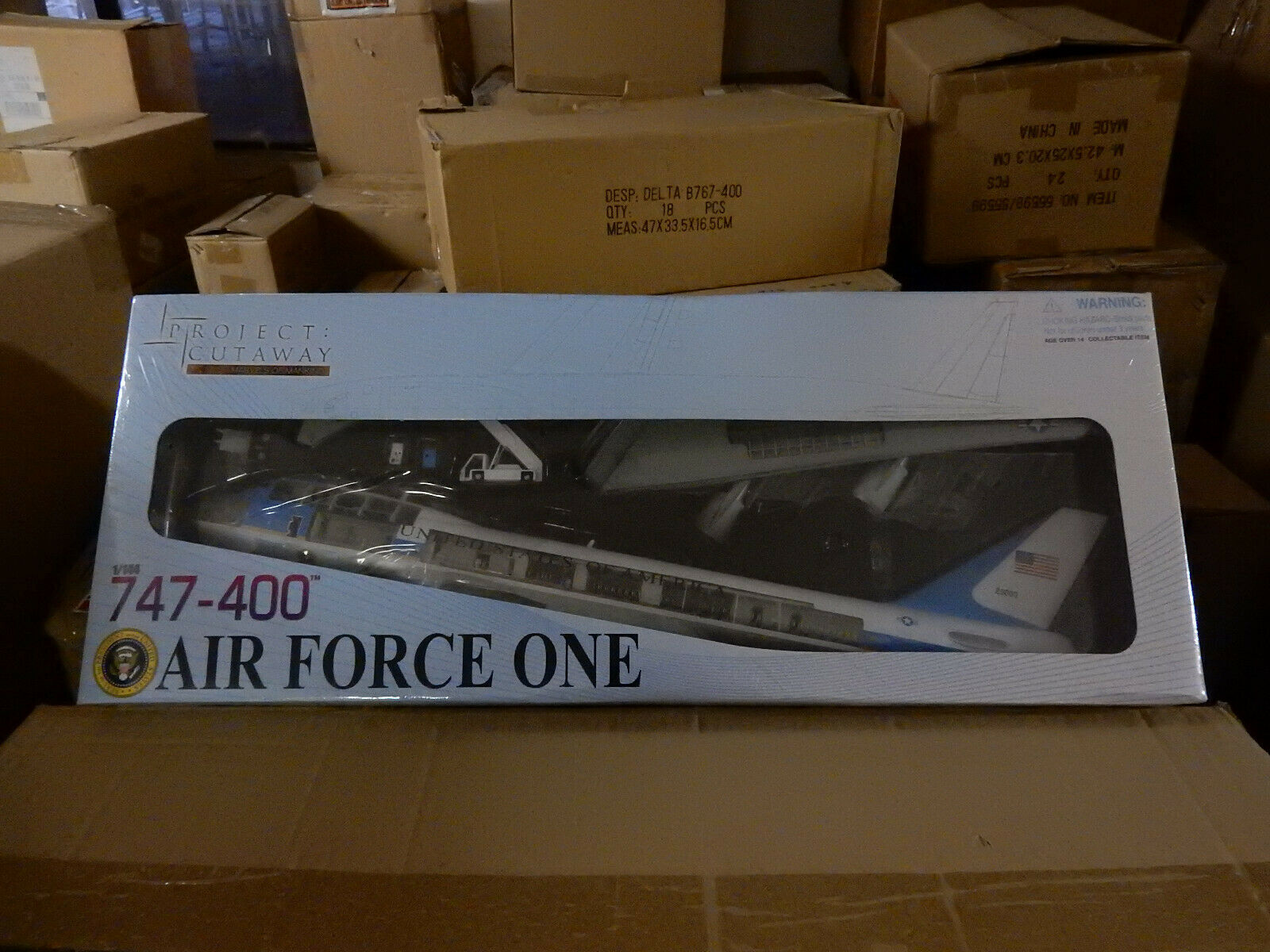 Dragon Models Air Force One Boeing 747 Cut Through Plastic Model 1 144