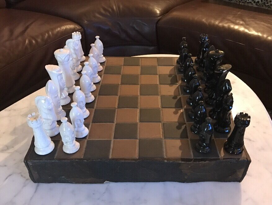 UNIQUE VINTAGE HAND MADE WOOD & CERAMIC  CHESS BOARD W / 32 CERAMIC CHESS PIECES