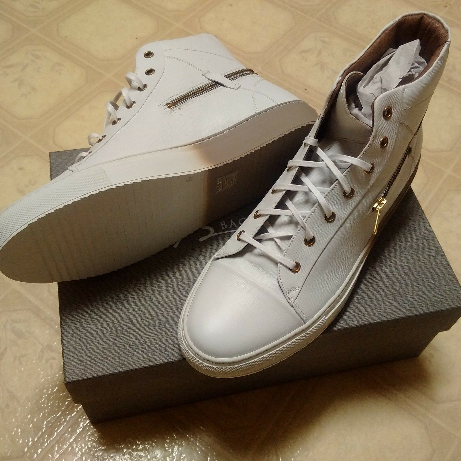 Bacco Bucci White Leather High Top Sneakers. Made in Italy SIze 13 US Teo