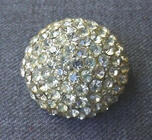 VINTAGE-CLEAR-RHINESTONES-SILVER-PLATED-APPLIQUE-CLASPED-LATCH-FOR-REPURPOSE