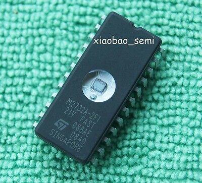 1pcs NEW M2732A-2F1 M2732A EPROMs ST DIP24