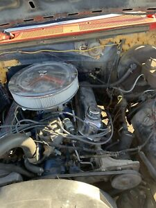 Running and driving 1983 ford 351 Windsor f150