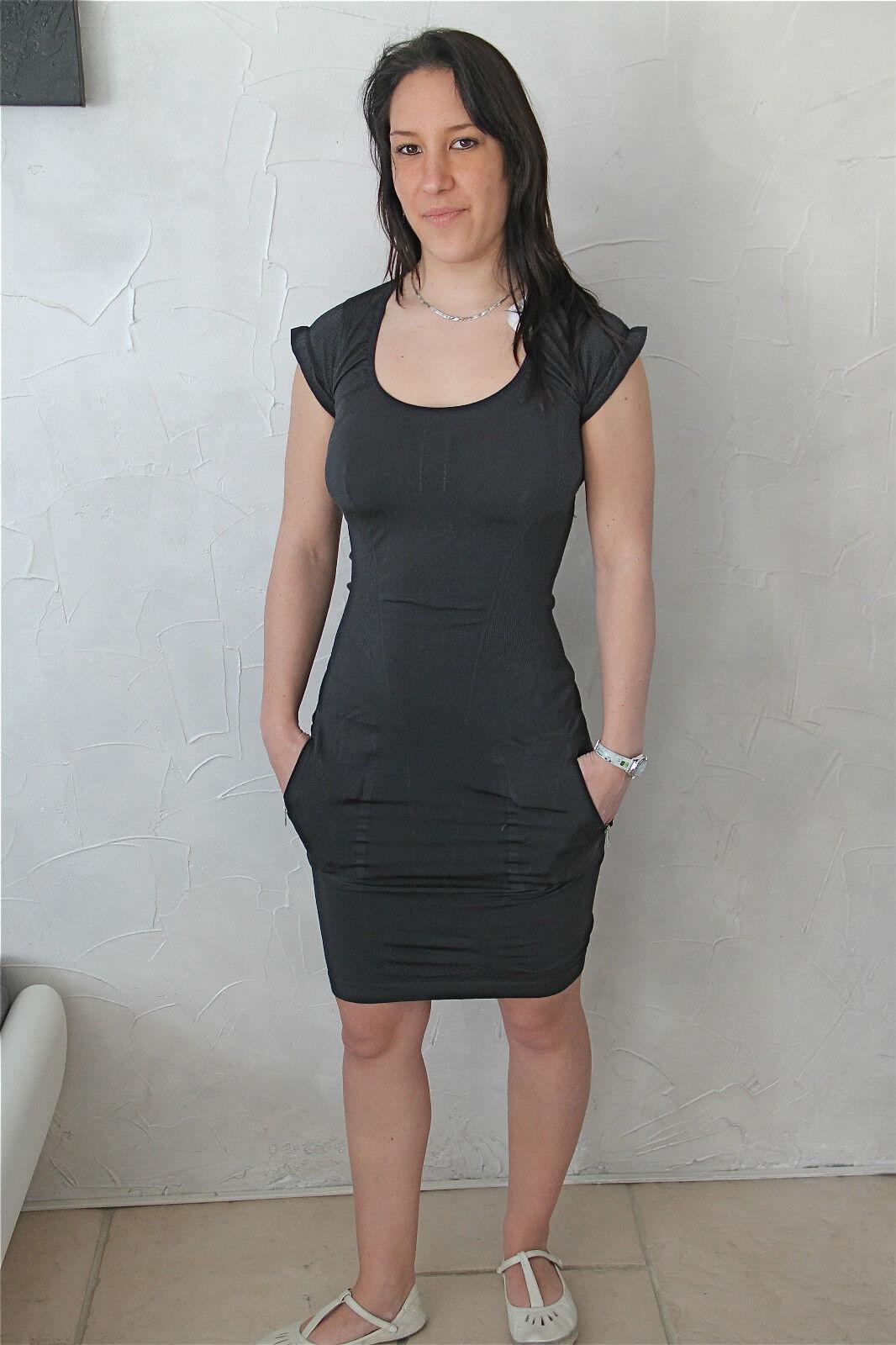 Kleid Kleid aus Lycra Schwarz High Use Größe M(38) Neu Etikett Wert