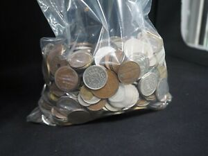 4.5 kg mixed world coins tokens medallions what u see in bag is what u get etc