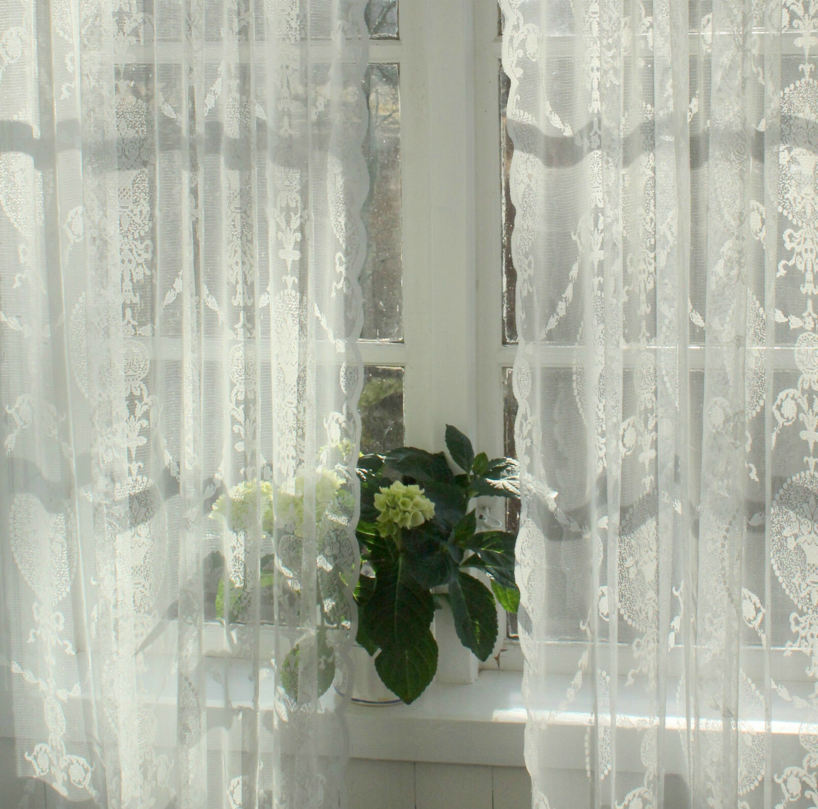 Vorhang AVERY OffWeiß 300 Spitzen Gardine 2 x x x 140x300 LillaBelle Romantik | Preiszugeständnisse  | Passend In Der Farbe  e7d29b