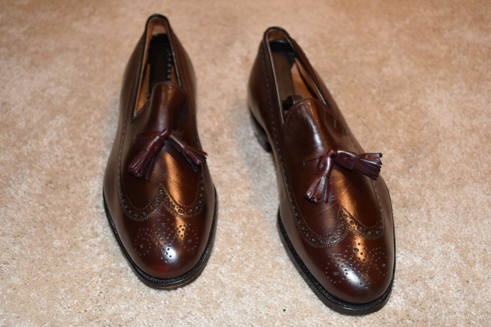 GORGEOUS JOHNSTON & MURPHY  ARISTOCRAFT  USA MADE LOAFERS 9.5 C