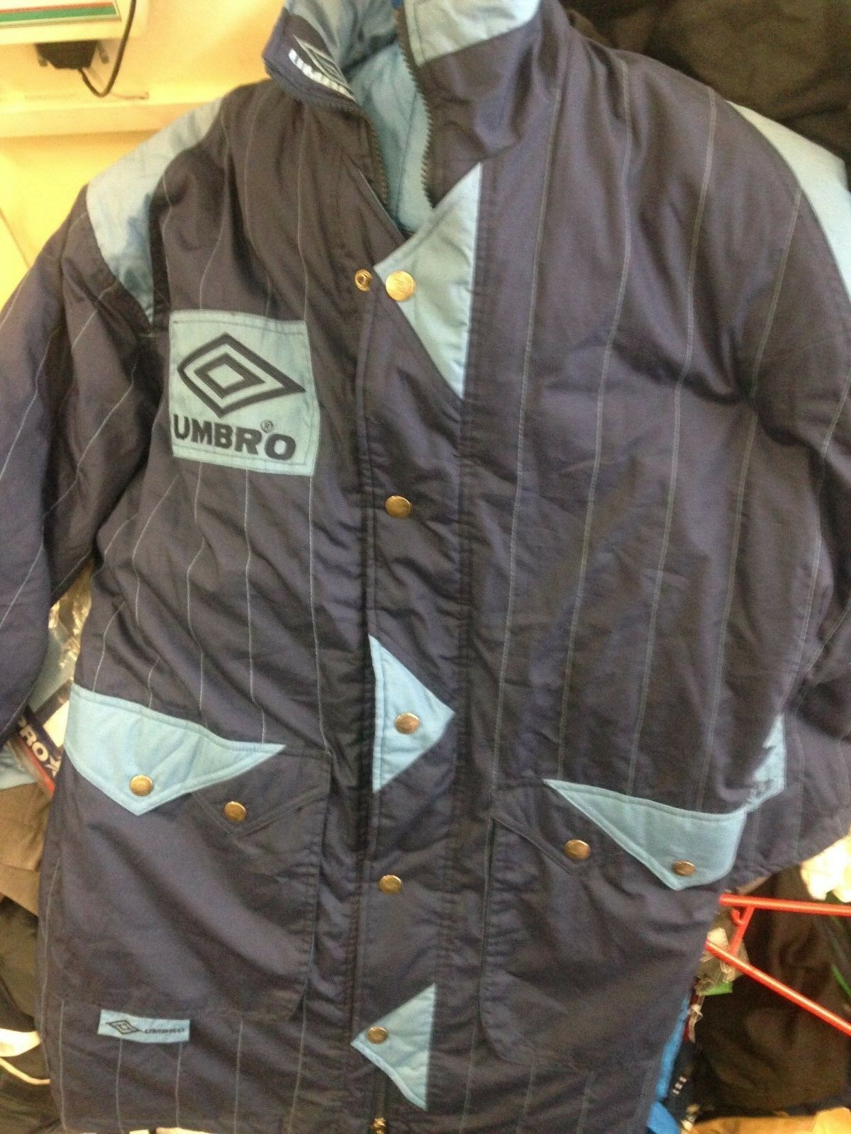 UMBRO VINTAGE COATS blueE SKY IN 34 36 INCH BRAND NEW AT
