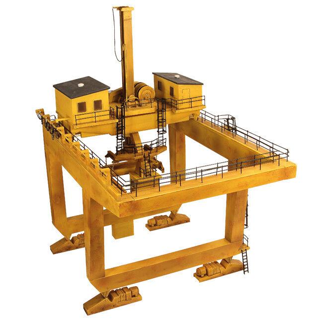 Bachmann 44 -0009 00 Containerterminale Kran