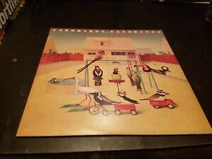YARDBIRDS Favorites Vinyl Record LP - Epic - 1977 - Rock