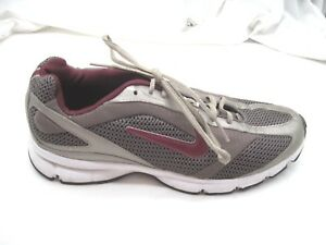 Nike-sz-7-5M-silver-maroon-red-womens-ladies-running-sneakers-shoes-318679-262