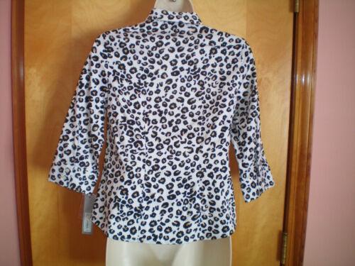 NWT NEW womens white black khaki leopard print APT 9 stretch fitted shirt blouse