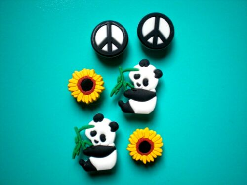 Details about  /Shoe Charm Button Plug Compatible W// Crocs Shoes Panda Peace Sign For Wristband